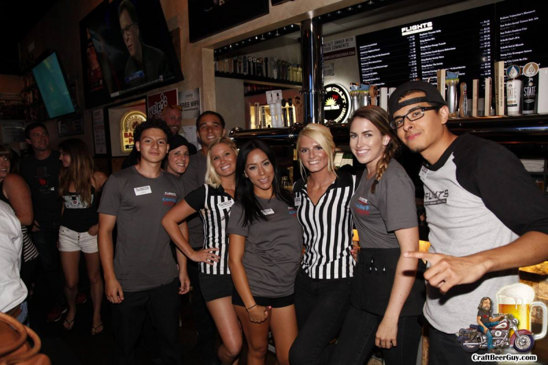 Flights Crew - Flights Craft Beers + Sports + Grill (Hawthorne)